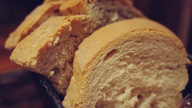 guinea pigs should not eat bread
